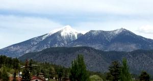 Humphreys Peak north of Flagstaff